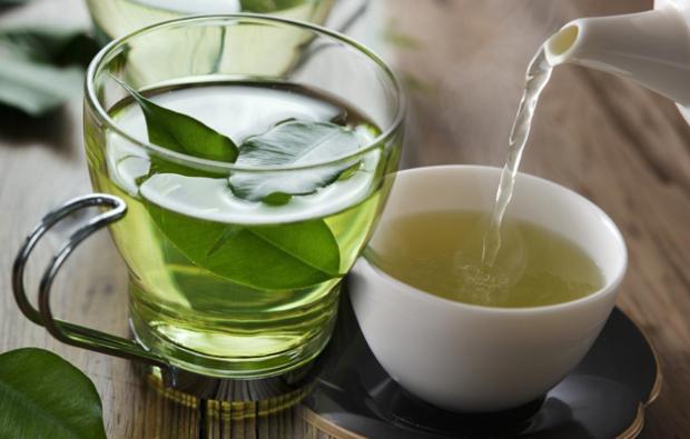 Cele mai bune ceaiuri de detoxifiere pe care trebuie să le încercați - Mai Sanatos